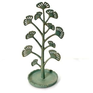 Ginkgo Leaf Antiqued Jewelry Stand